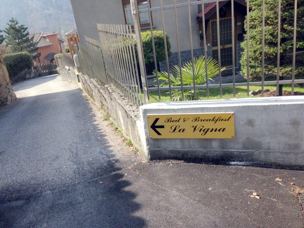 Bedandbreakfast La Vigna Primaluna cartello1